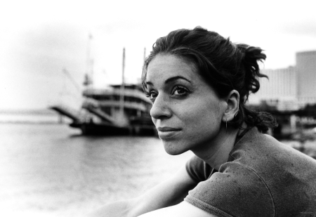 Ani DiFranco Leavemusic